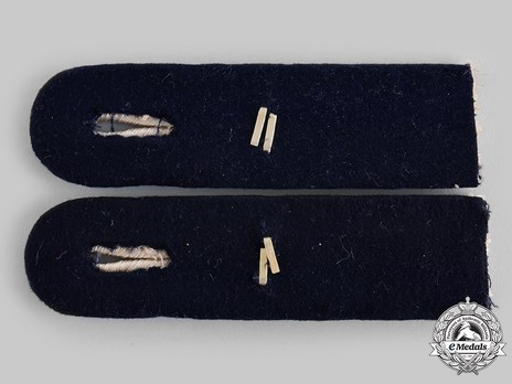Kriegsmarine Communications Engineering Leutnant Shoulder Boards Reverse