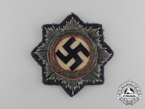German Cross, in Gold, in Cloth (Luftwaffe/Air Force) Obverse