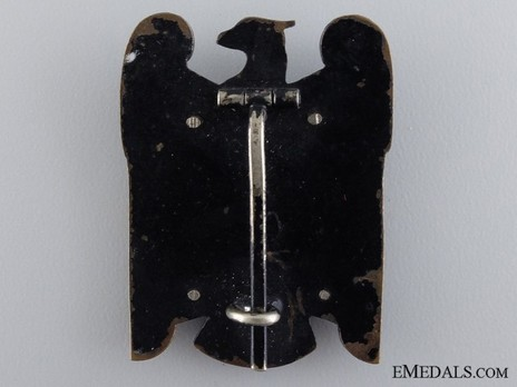 Silesian Eagle, I Class (pinback, in iron) Reverse