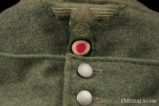German Army NCO/EM's Mountain Cap Insignia Detail