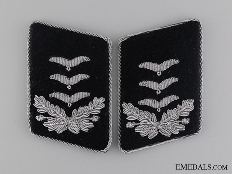 Luftwaffe Reich Air Ministry/Engineers Hauptmann Collar Tabs Obverse