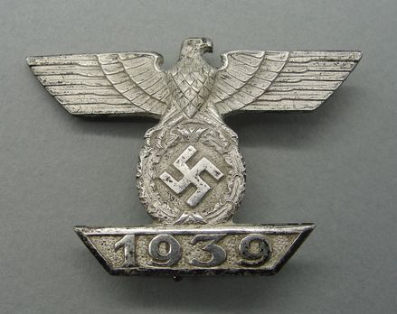 Clasp to the Iron Cross I Class, Type II, by Unknown Maker Obverse