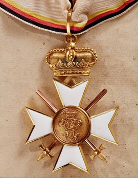 Order of Merit, Military Division, I Class Cross (in gold, with swords, 1914-1918)