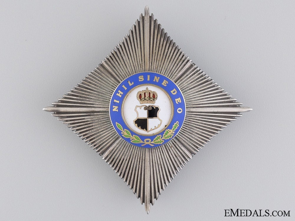 Order+of+the+royal+house%2c+type+i%2c+civil+division%2c+grand+officer%27s+cross+breast+star+1