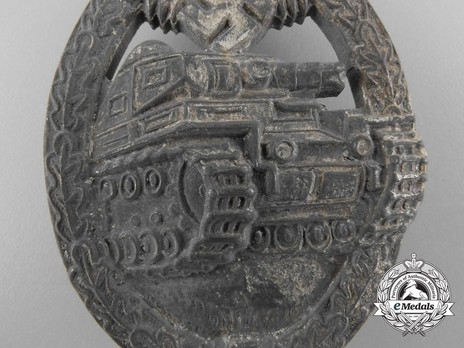 Panzer Assault Badge, in Silver, by A. Wallpach Obverse
