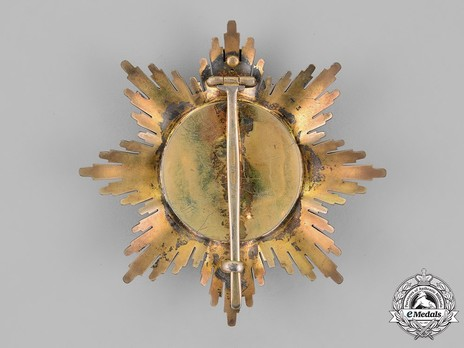 Order of the Crown of Johor, Knight Grand Commander Breast Star Reverse