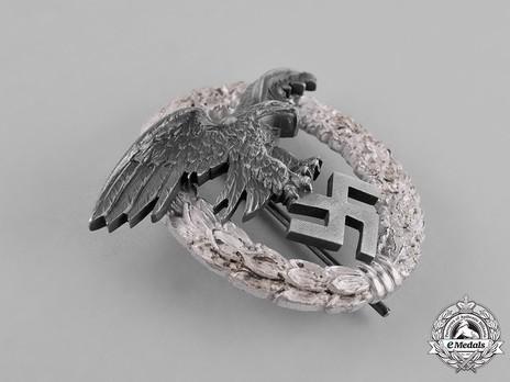 Observer Badge, by W. Deumer Obverse