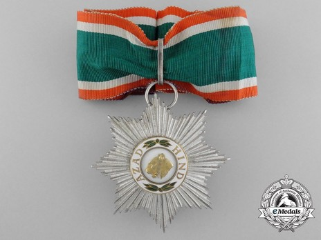 Grand Star Obverse with Ribbon