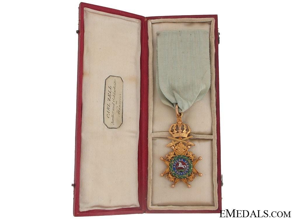 The royal guelph 50952618ab94d1