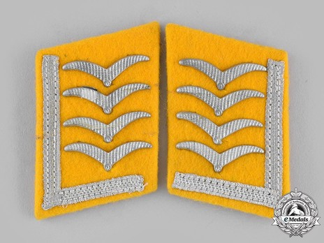 Luftwaffe Flying Troops Stabsfeldwebel/Oberfeldwebel Collar Tabs Obverse