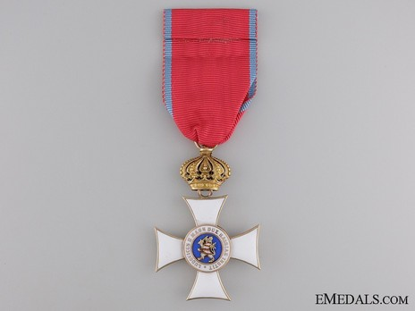 I Class Knight's Cross (with crown) (in gold) Reverse