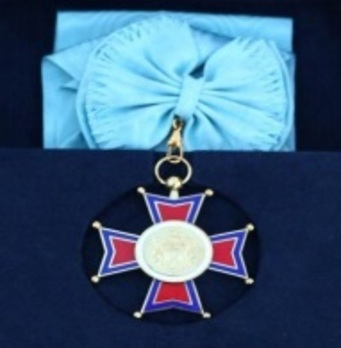 Order of the Republic of Serbia, II Class Cross Obverse