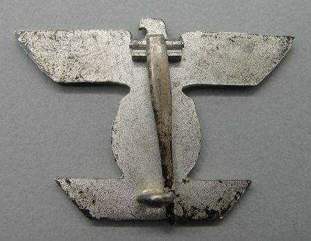 Clasp to the Iron Cross I Class, Type II, by Unknown Maker Reverse