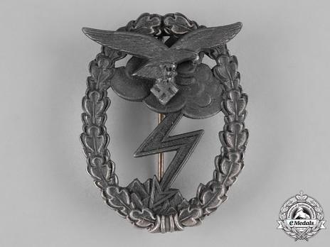 Ground Assault Badge, by G. Brehmer Obverse