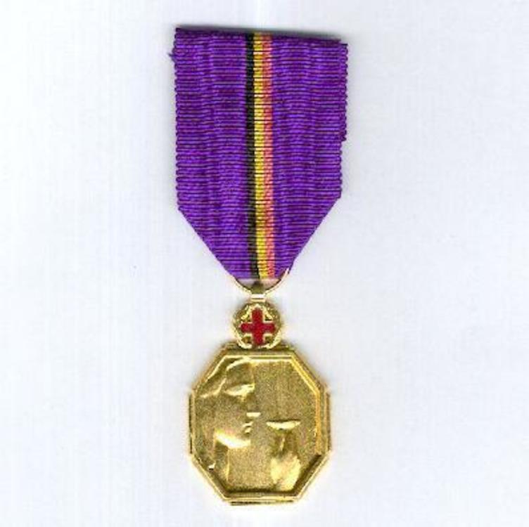 Gold medal w cross o