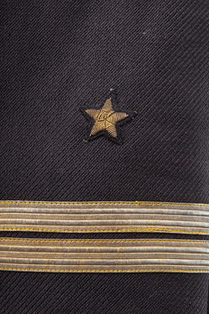Kriegsmarine Oberleutnant Sleeve Stripes Obverse