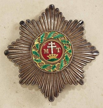Order of St. Stephen, Type I, Grand Cross Breast Star (with smooth rays)