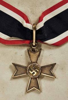 Golden Knight's Cross of the War Merit Cross without Swords, by Deschler Obverse