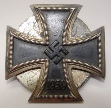 Iron Cross I Class, by O. Schickle (unmarked, screwback) Obverse