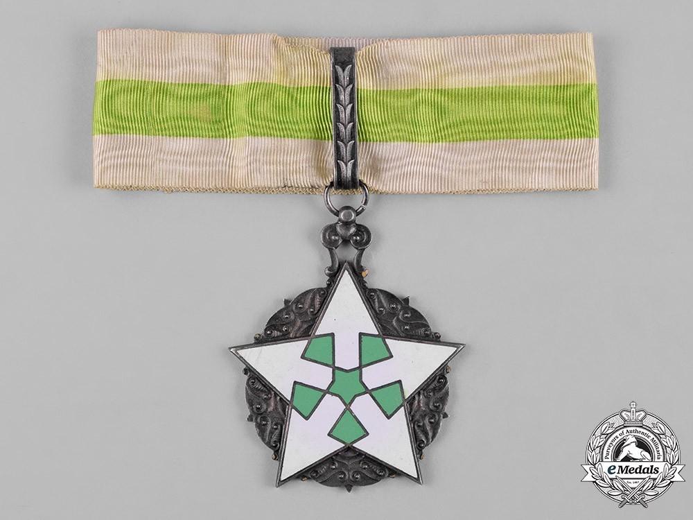 Order+of+civil+merit+%28wisam+al satahaqaq+al sun%29%2c+ii+class+officer+1