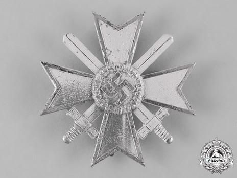 War Merit Cross I Class with Swords, by B. H. Mayer Obverse