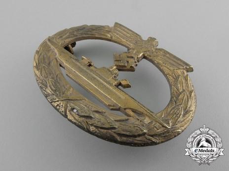 Submarine War Badge, by F. Orth Obverse