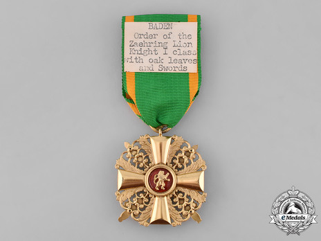 Order of the Zähringer Lion, I Class Knight with Swords (with oak leaves) (in gold) Reverse