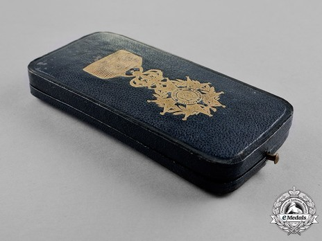 Officer (Gold) Case of Issue Obverse