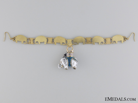 Miniature Collar Reverse