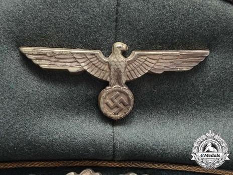 German Army General's Pre-1943 Visor Cap (with metal insignia) Eagle Detail
