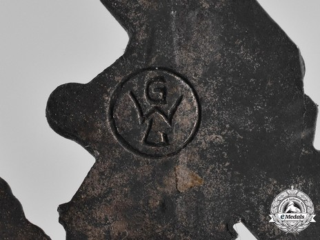 Luftwaffe Flak Badge, by Gebrüder Wegerhoff Detail