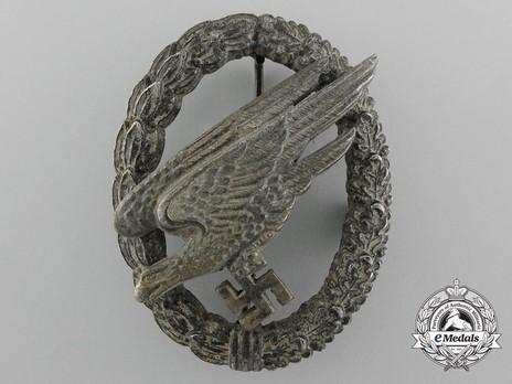 Luftwaffe Paratrooper Badge, by G. H. Osang Obverse