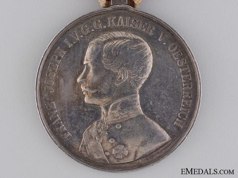 Type VI, I Class Silver Medal (with left facing profile & mustache) Obverse
