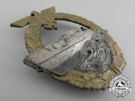 E-Boat War Badge, Type II, by C. Schwerin Obverse
