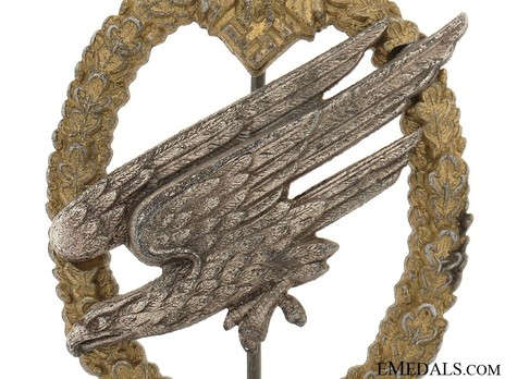 Army Paratrooper Badge, by F. Linden Obverse Detail