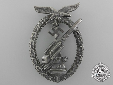 Luftwaffe Flak Badge, by Unknown Maker (in tombac) Obverse