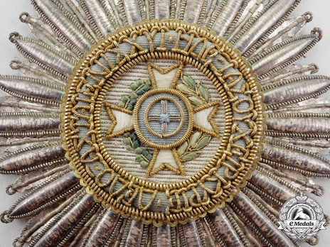 Order of the Redeemer, Type I, Grand Cross Breast Star (in cloth) Obverse Detail