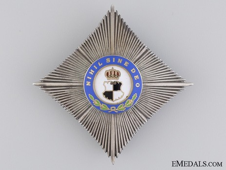 Order of the Royal House, Type I, Civil Division, Grand Officer's Cross Breast Star Obverse