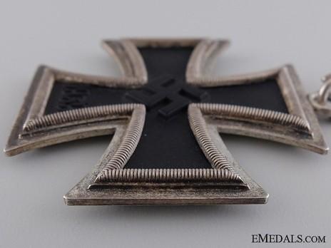 Knight's Cross of the Iron Cross, by C. F. Zimmermann (800 20) Obverse
